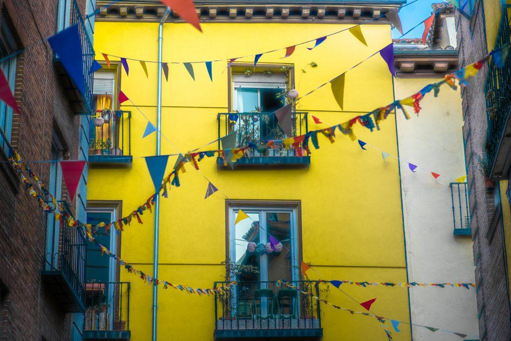 foto barrio de la latina verbena Agenda Madrid Clubs Cultura